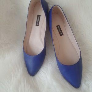 Nine West pointy toe ballet flats cobalt blue